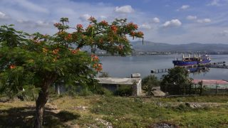 Am Hafen von Santiago de Cuba