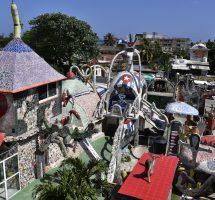 Gaudi trifft Alice im Wunderland – 2