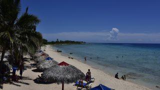 Karibischer Strand bei Ancon
