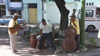 Musiker am Plaza de Dolores